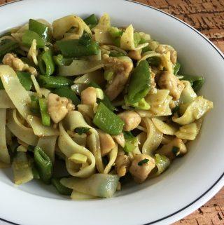 rijstnoedels met Thaise gele curry