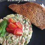 Tartaar van avocado Hollandse garnalen en honingtomaten