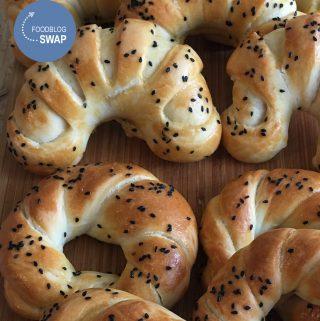 Açma; Turkse zachte broodjes